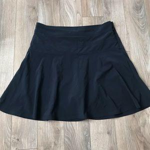 EUC Athleta everyday skort navy blue size 8 skirt